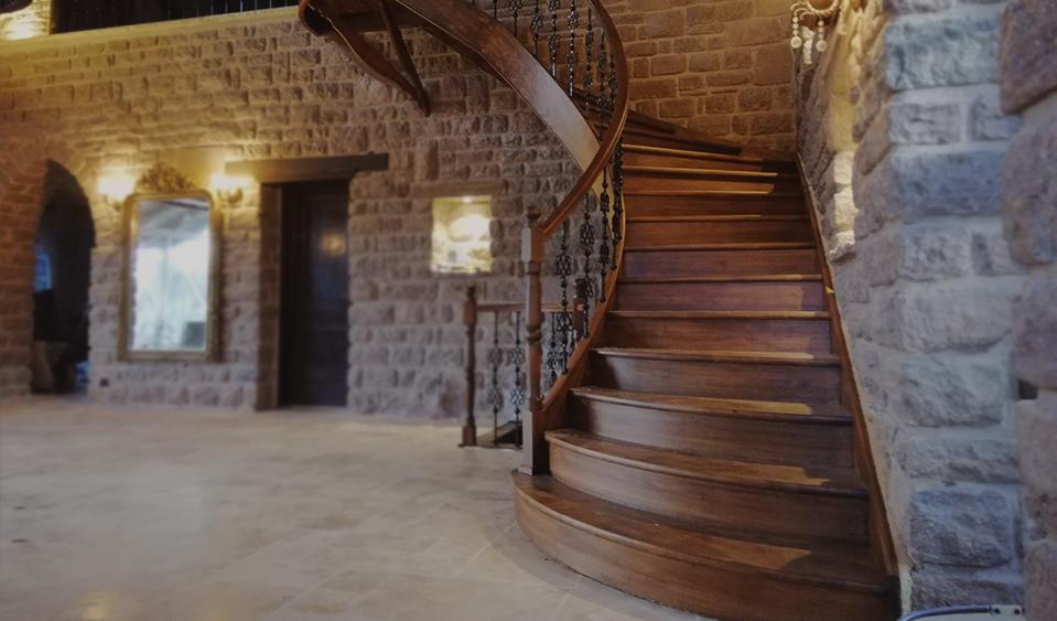 Pak Merdiven Ahşap - Paslanmaz - Cam korkuluk